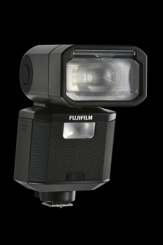 Fujifilm EF-X500, il nuovo flash esterno dedicato alle fotocamere digitali della Serie X