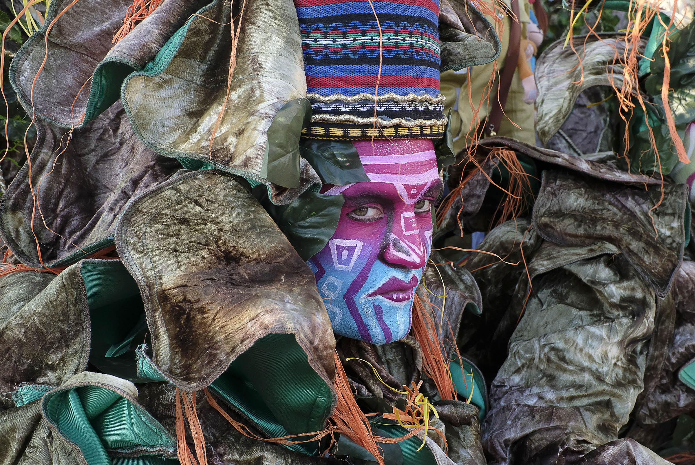 Riccardo Dalle Luche – Tra le maschere del carnevale di Viareggio con Fujifilm X100F