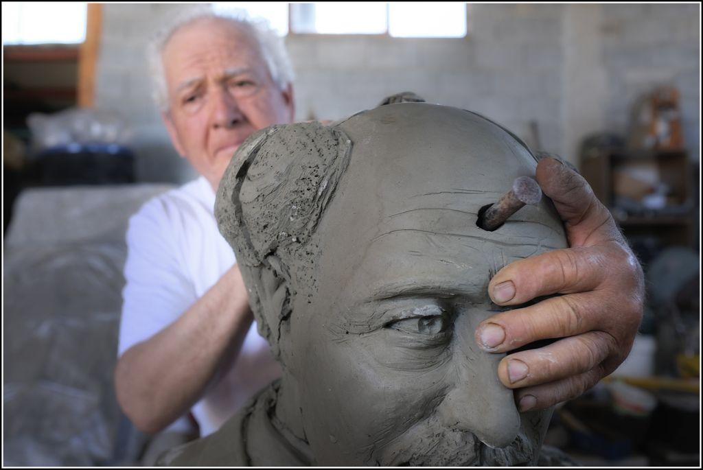 Domenico Giampa: Di creta e di bronzo